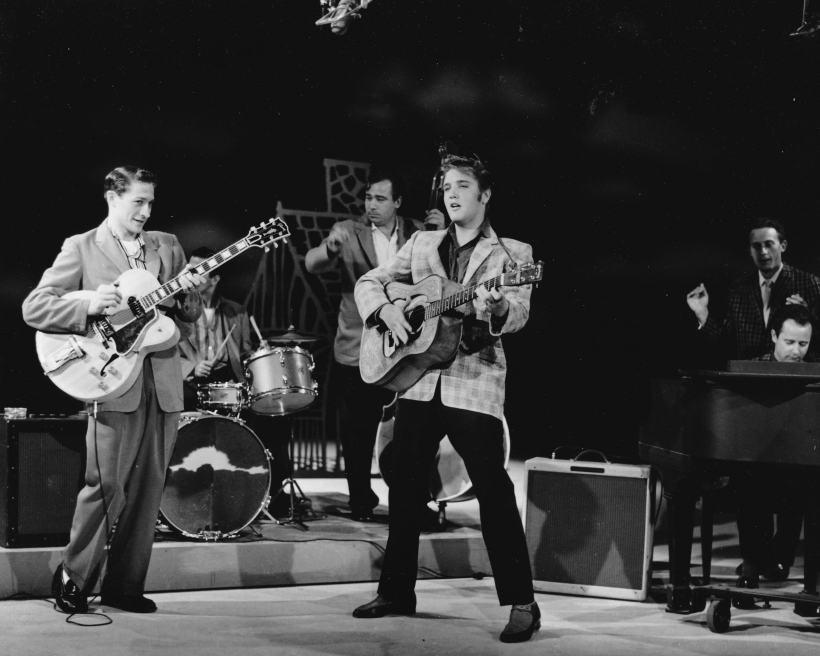 Elvis-Presley-EdSullivan